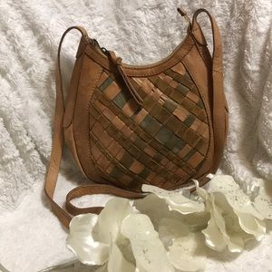 LUCKY BRAND CROSS BODY LEATHER PURSE